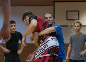 Liviu Kombat Coach